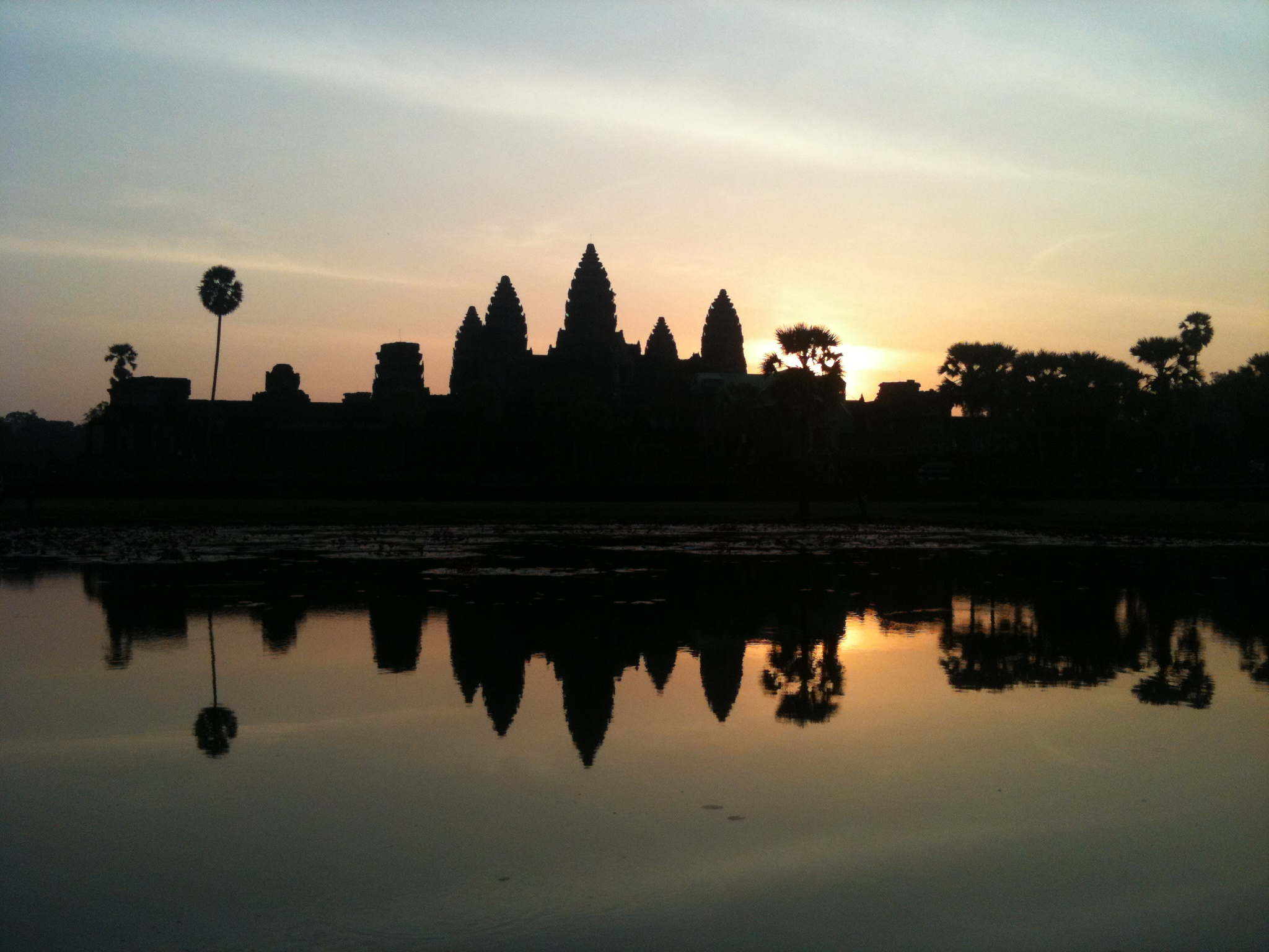 Yeah, alright, I saw another opportunity for an Angkor Wat sunrise photo there
